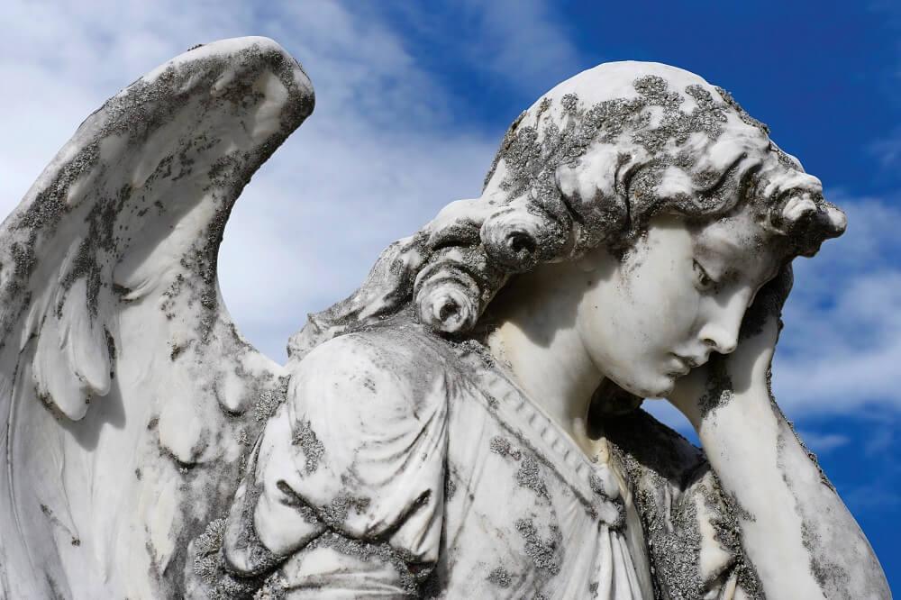 Pomnik stawiany po pogrzebie