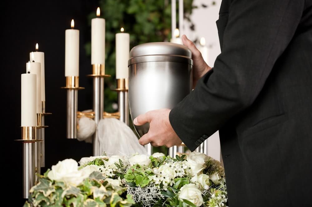 pogrzeby z urną i tradycyjny pochówek Białystok