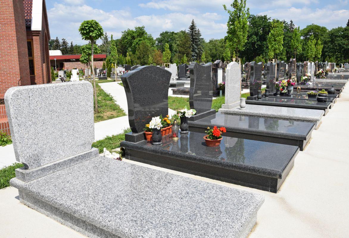 Nagrobki oferowane przez dom pogrzebowy